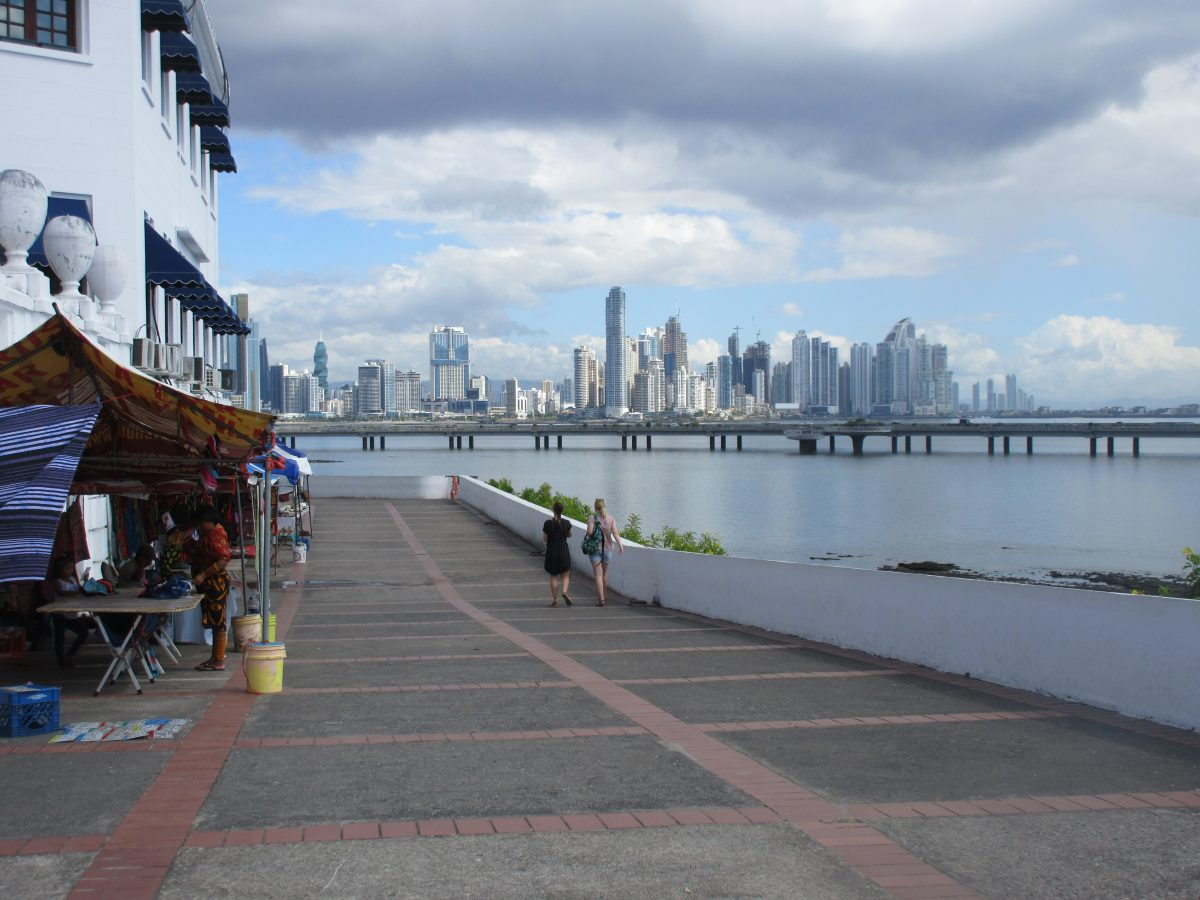 Retire in Panama – Pros and Cons